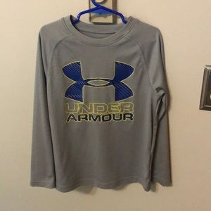 Youth small Under Armour Long Sleeve Shirt